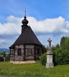 Maršíkov - Srubový celodřevěný kostel sv.Michaela_5