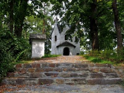 Moravský Beroun - Křížová cesta ke kostelu Povýšení sv. kříže